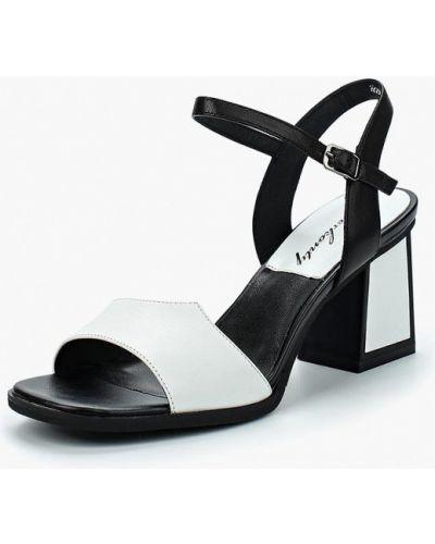Босоножки на каблуке Berkonty