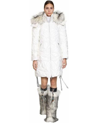 Белая длинная куртка с капюшоном из искусственного меха Byblos