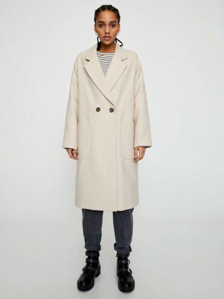 Пальто бежевое пальто Pull&bear
