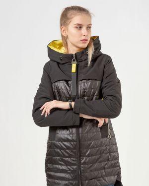 С рукавами черная куртка Vomilov
