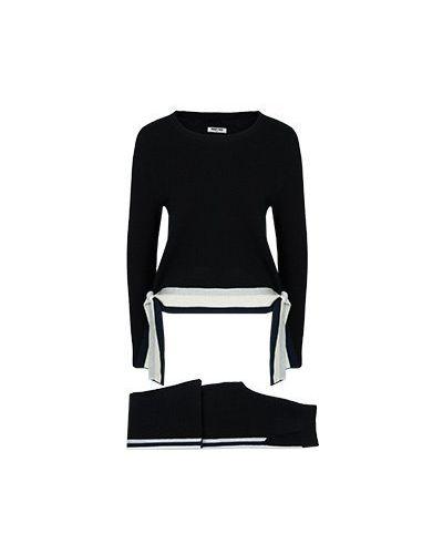 Костюмный черный брючный костюм Max & Moi
