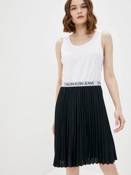 Джинсовое платье прямое весеннее Calvin Klein Jeans