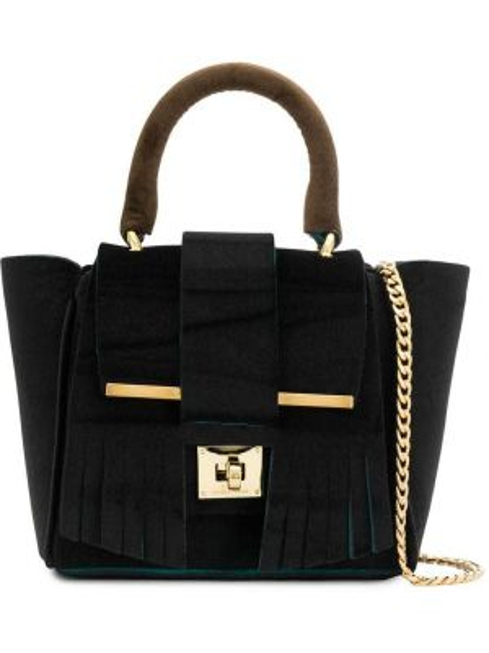Бархатная черная сумка на цепочке с бахромой Alila
