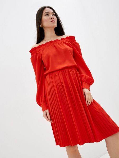 Красное платье Ice Play