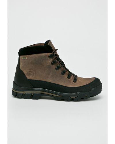 Ботинки на шнуровке кожаные легкие Badura