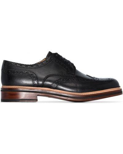 Черные броги на каблуке на шнуровке Grenson