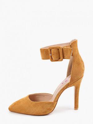 Бежевые туфли Vera Blum