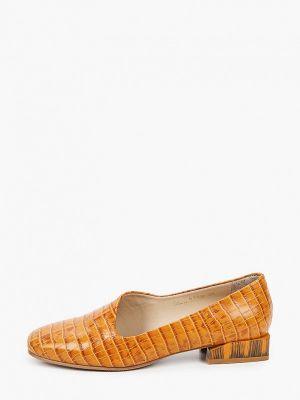 Коричневые весенние туфли Hestrend