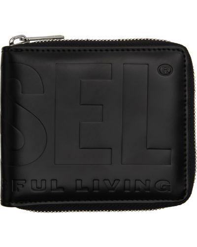 Черный кошелек с тиснением Diesel