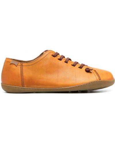 Оранжевые кожаные кеды на шнуровке Camper