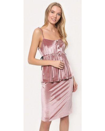 Розовый вязаный юбочный костюм Tutto Bene