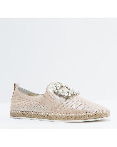 Кожаные туфли - золотые Oeego