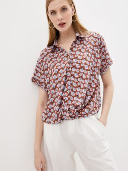 Красная блузка Sweewe