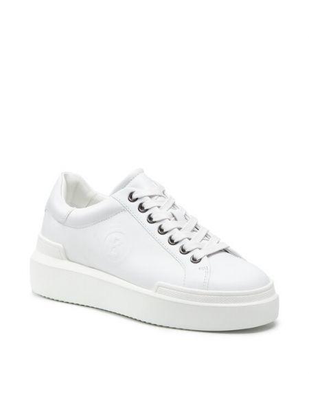 Białe sneakersy Bogner