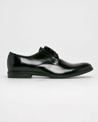 Кожаные туфли на каблуке на шнуровке Conhpol