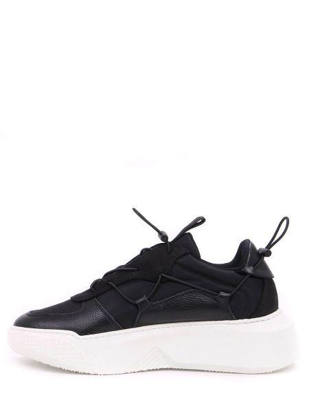 Кроссовки на платформе черные на шнуровке Stokton