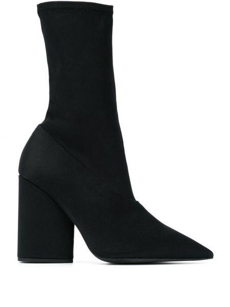 Кожаные носки Yeezy
