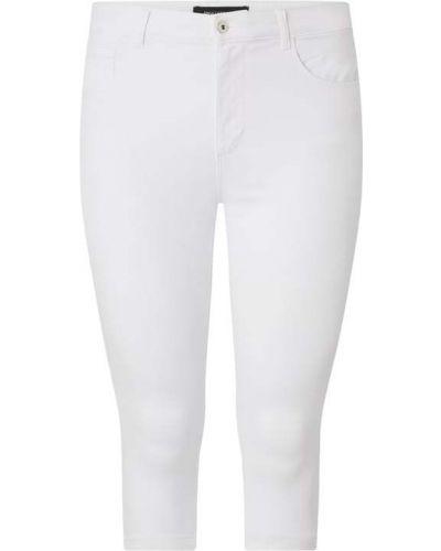 Mom jeans bawełniane - białe Only Carmakoma