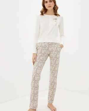 Пижама бежевая белая Hays