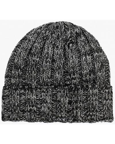Черная шапка Colin's