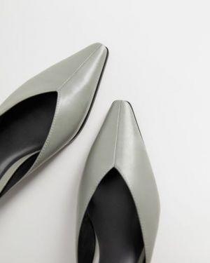 Мюли кожаные на каблуке Mango