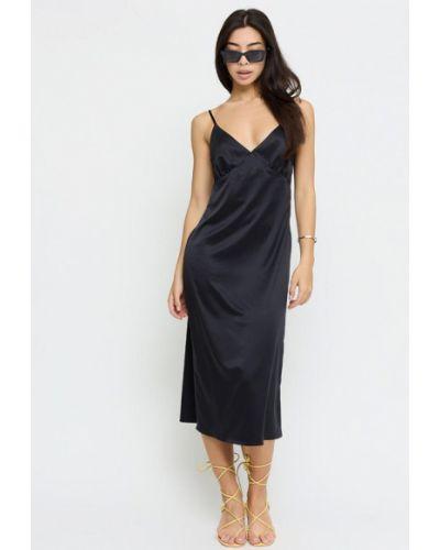 Черное зимнее платье Cardo
