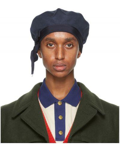 Niebieski wełniany beret z haftem prążkowany Gucci