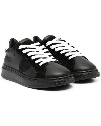 Кожаные черные кеды с нашивками на шнуровке Philippe Model Kids