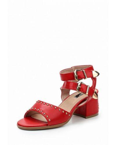 Красные босоножки на каблуке Lost Ink.
