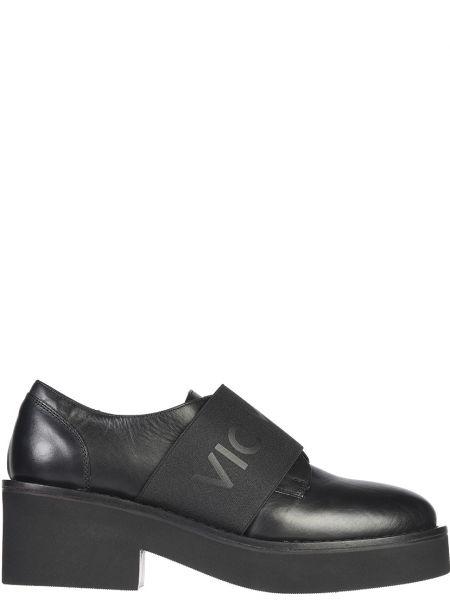 Туфли на танкетке кожаные на каблуке Vic Matie