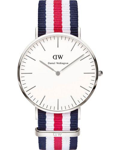 Часы водонепроницаемые белые красный Daniel Wellington