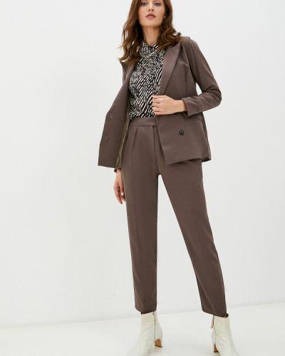 Костюмный коричневый брючный костюм Trendyangel
