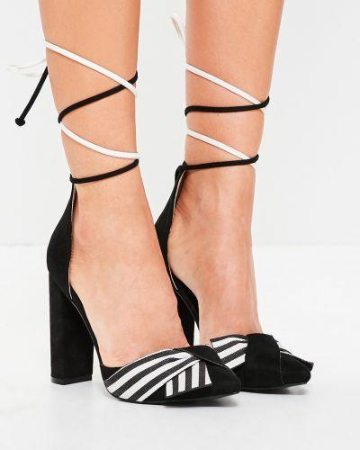 Туфли на каблуке на шнуровке текстильные Missguided