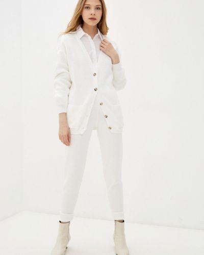 Костюмный белый вязаный костюм Sewel