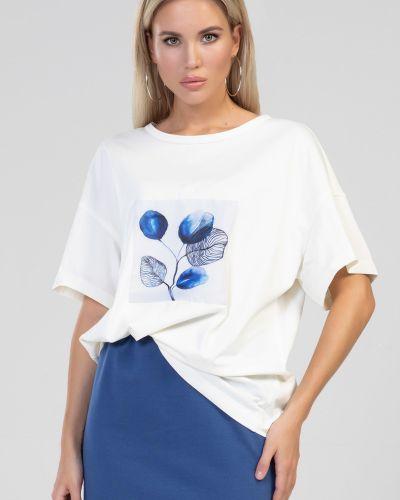 Прямая с рукавами блузка круглая прима линия