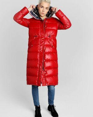 Зимняя куртка осенняя красная Ostin