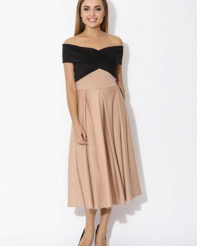 Бежевое платье с открытыми плечами Tutto Bene
