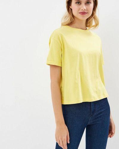 Желтая футболка Incity