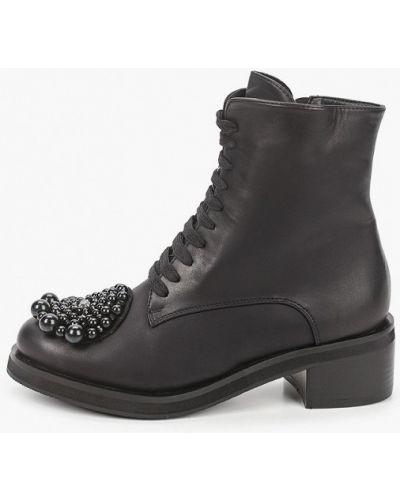 Черные кожаные ботинки Vivian Royal