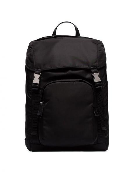 Нейлоновый классический черный рюкзак на бретелях Prada