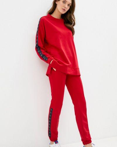 Костюмный красный спортивный костюм Sitlly