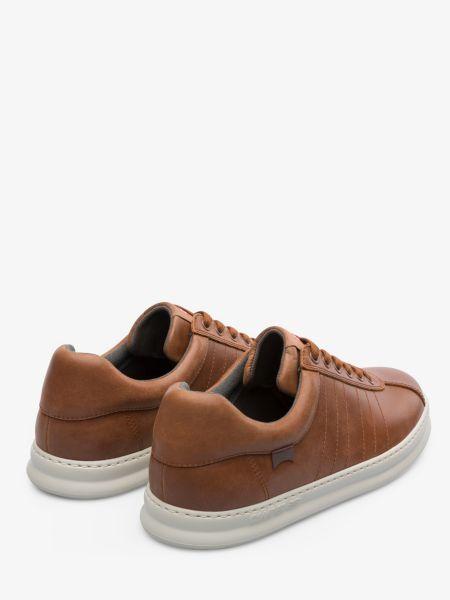 Мягкие коричневые кожаные низкие кеды Camper