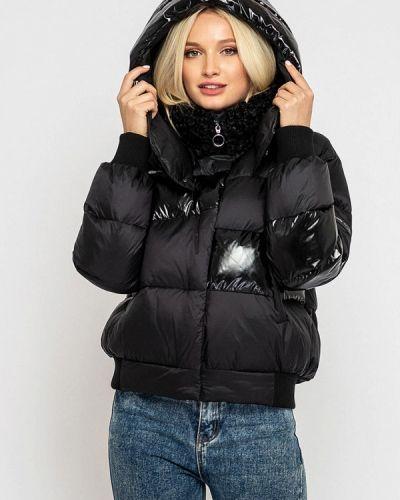 Теплая черная куртка Clasna