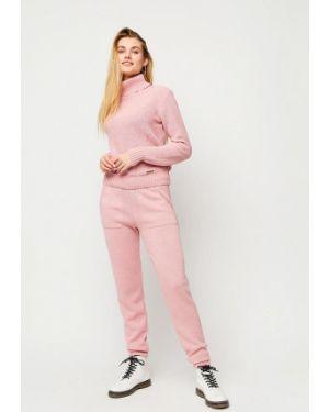 Розовый вязаный костюм Karree