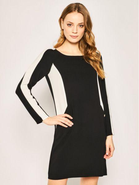 Czarna sukienka casual Pennyblack