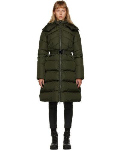 Зеленое пуховое длинное пальто с капюшоном Moncler