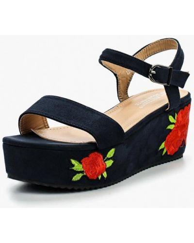Босоножки на каблуке замшевые La Bottine Souriante