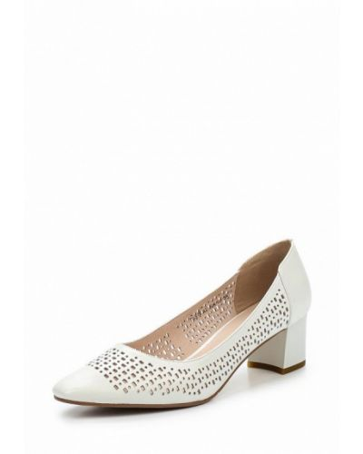 Белые кожаные туфли La Grandezza