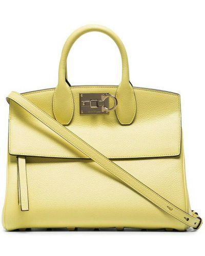 Żółta torebka Salvatore Ferragamo