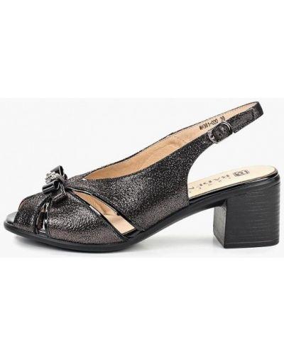 Босоножки черные на каблуке Baden